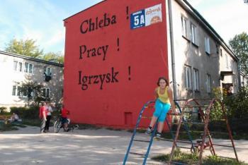 z12185395Q,Mural-na-ulicy-Wronskiej