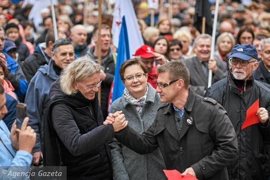 z20817585Q,Lodz---protest-nauczycieli-przeciwko-reformie-oswi