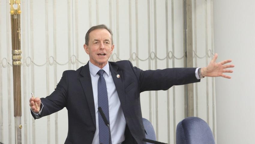 Grodzki-juz-na-prezydenta-Marszalek-Senatu-odpowiada_article