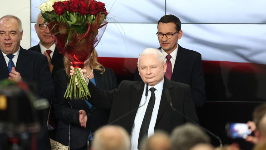 Kaczynski-po-ogloszeniu-wynikow-Zaslugujemy-na-wiecej_article