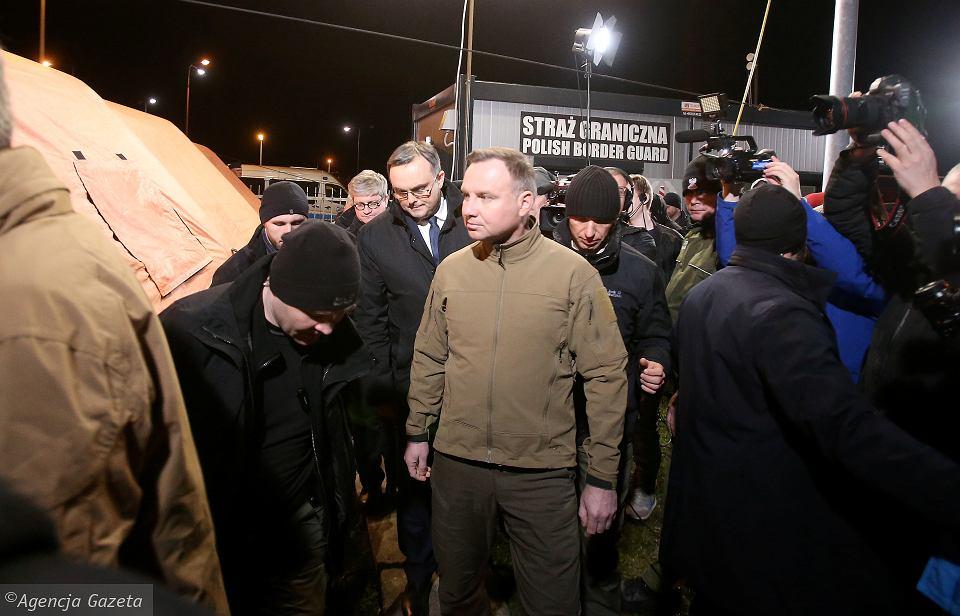 z25782037V,Koronawirus-w-Polsce--Prezydent-RP-Andrzej-Duda-z-