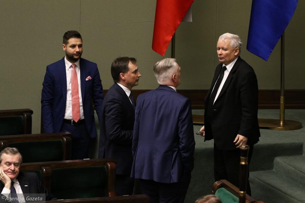 z26814492IH,Jaroslaw-Kaczynski--Jaroslaw-Gowin-i-Zbigniew-Ziob